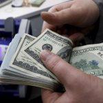 انتظار کاهشی معاملهگران در بازار ارز/ معاملات فردایی رونق گرفت